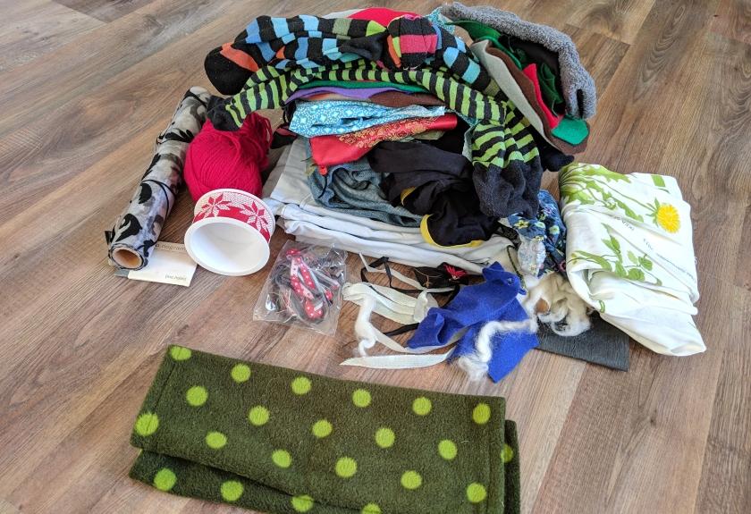 Kleidung, Deko-Artikel, Kleinteile. Jeden Tag ein Stück loslassen.