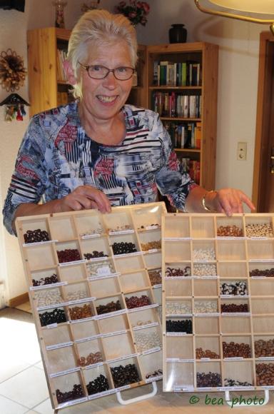Buschbohnen und Stangenbohnen in der Bohnenausstellung von Renate Düring.