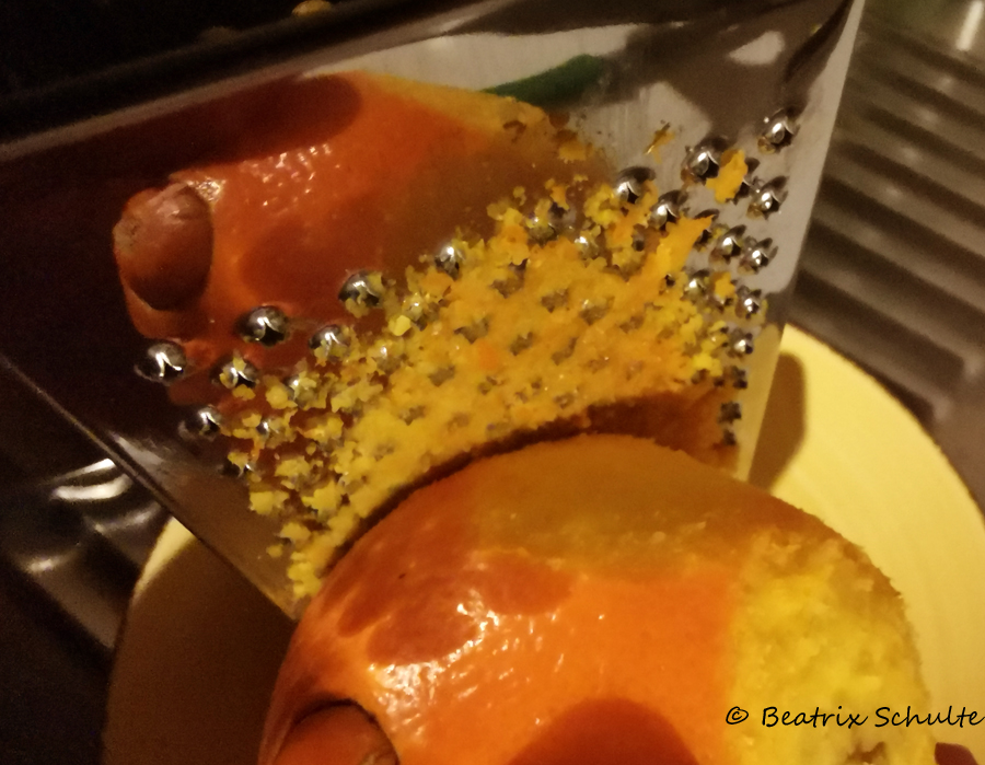 Orangenzesten herstellen