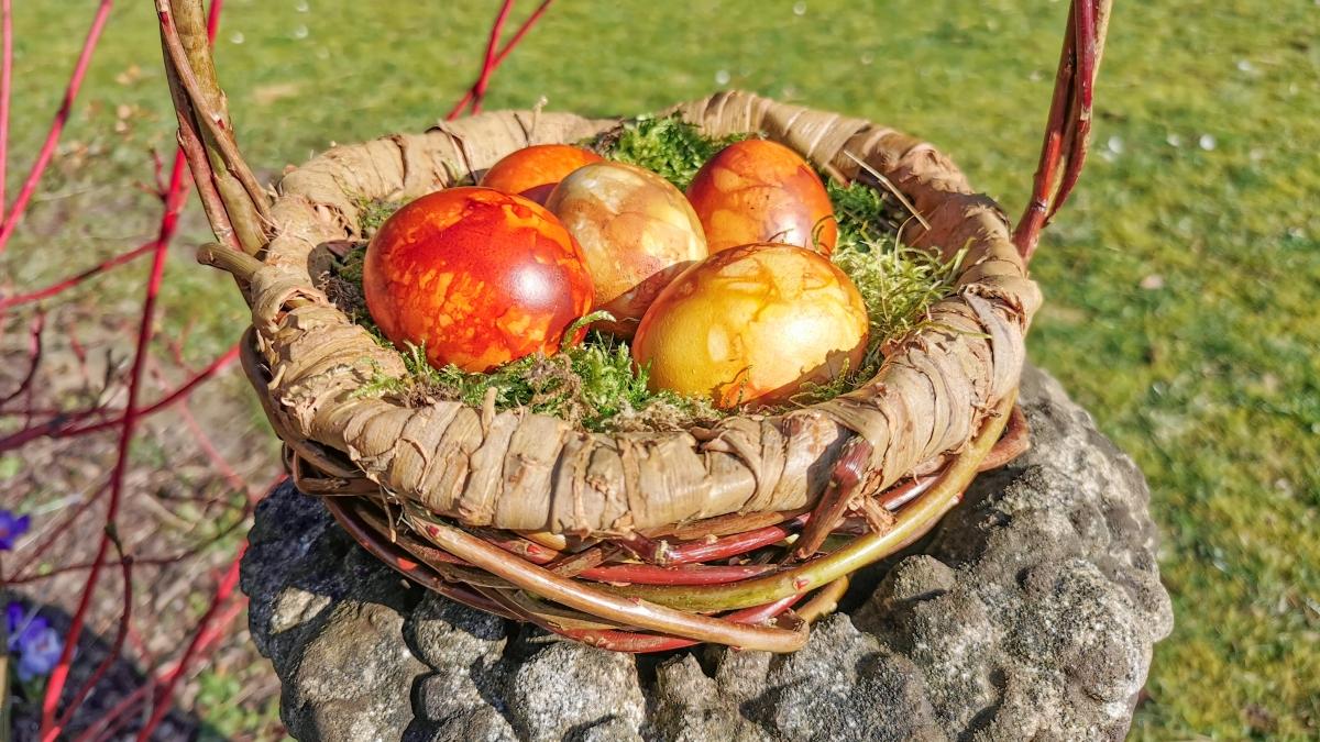 Nachhaltig Ostereier färben